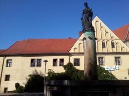 die alte Domapotheke vom Apothekerbrunnen