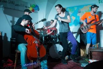Auftaktparty in der Domstraße 2 mit der Tübinger Band Kommando Feirefiz